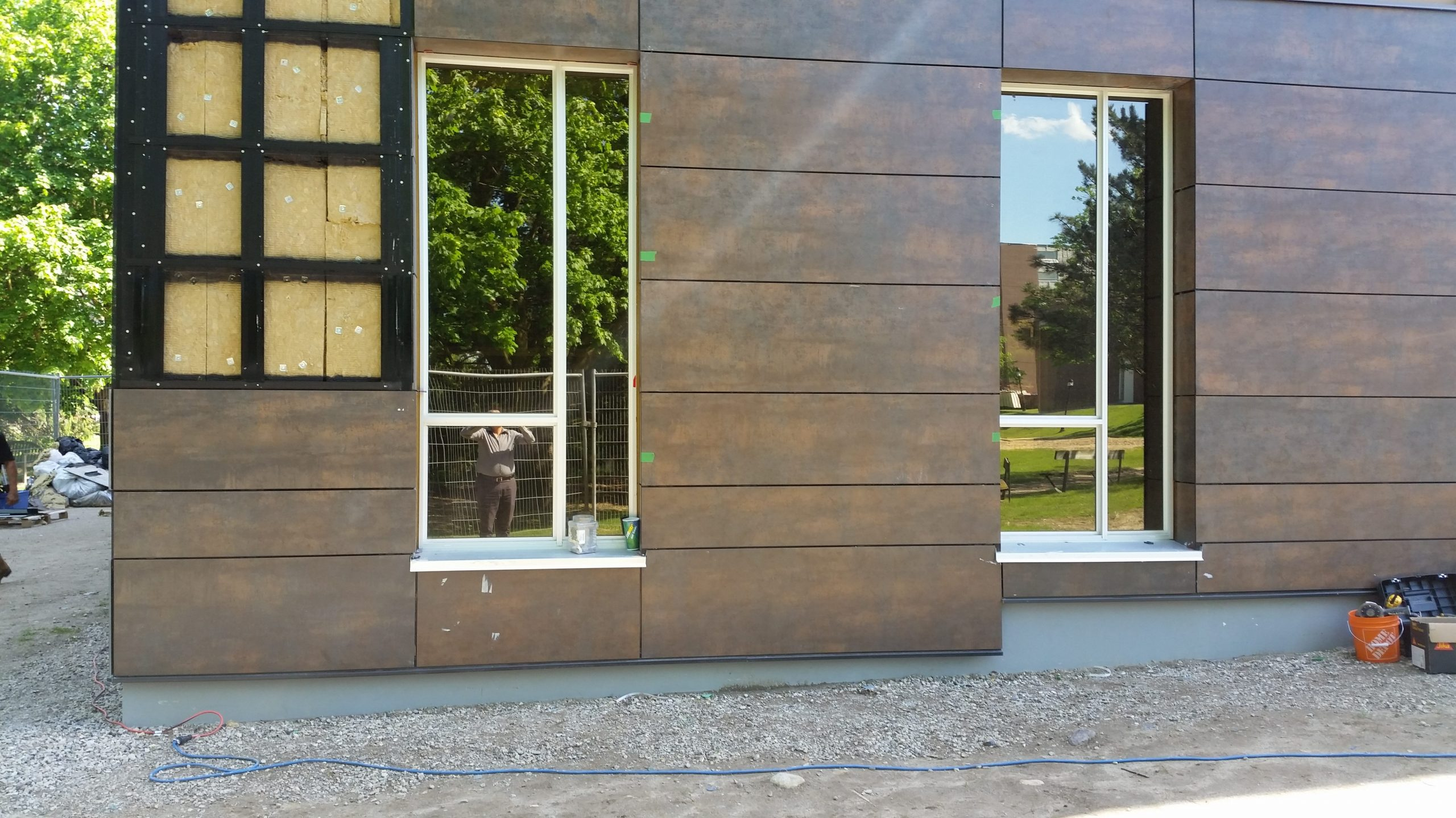 Neolith Iron Copper