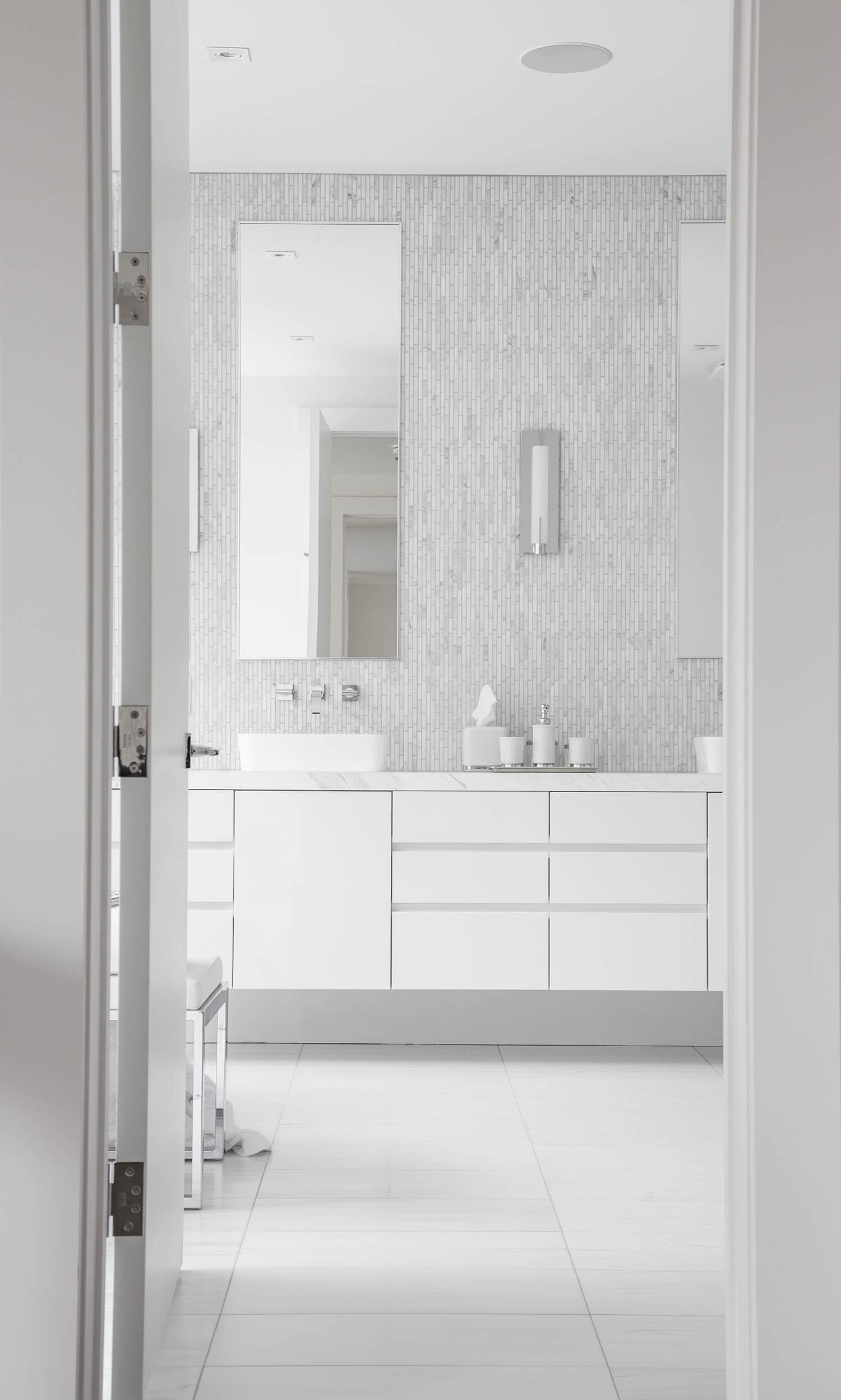 Bianco Carrara Mosaic | Vienna White Marble