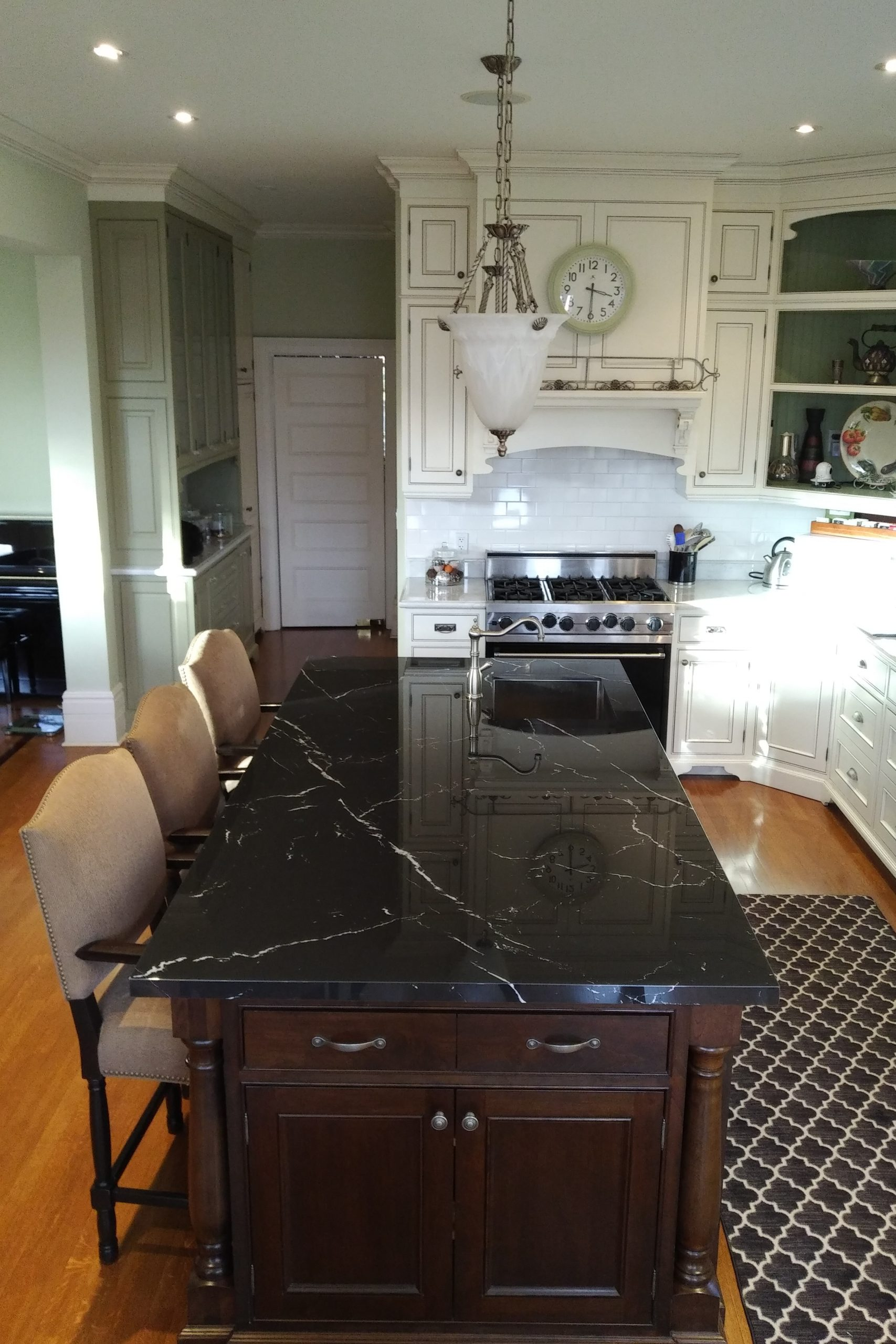 Neolith Nero Marquina polished