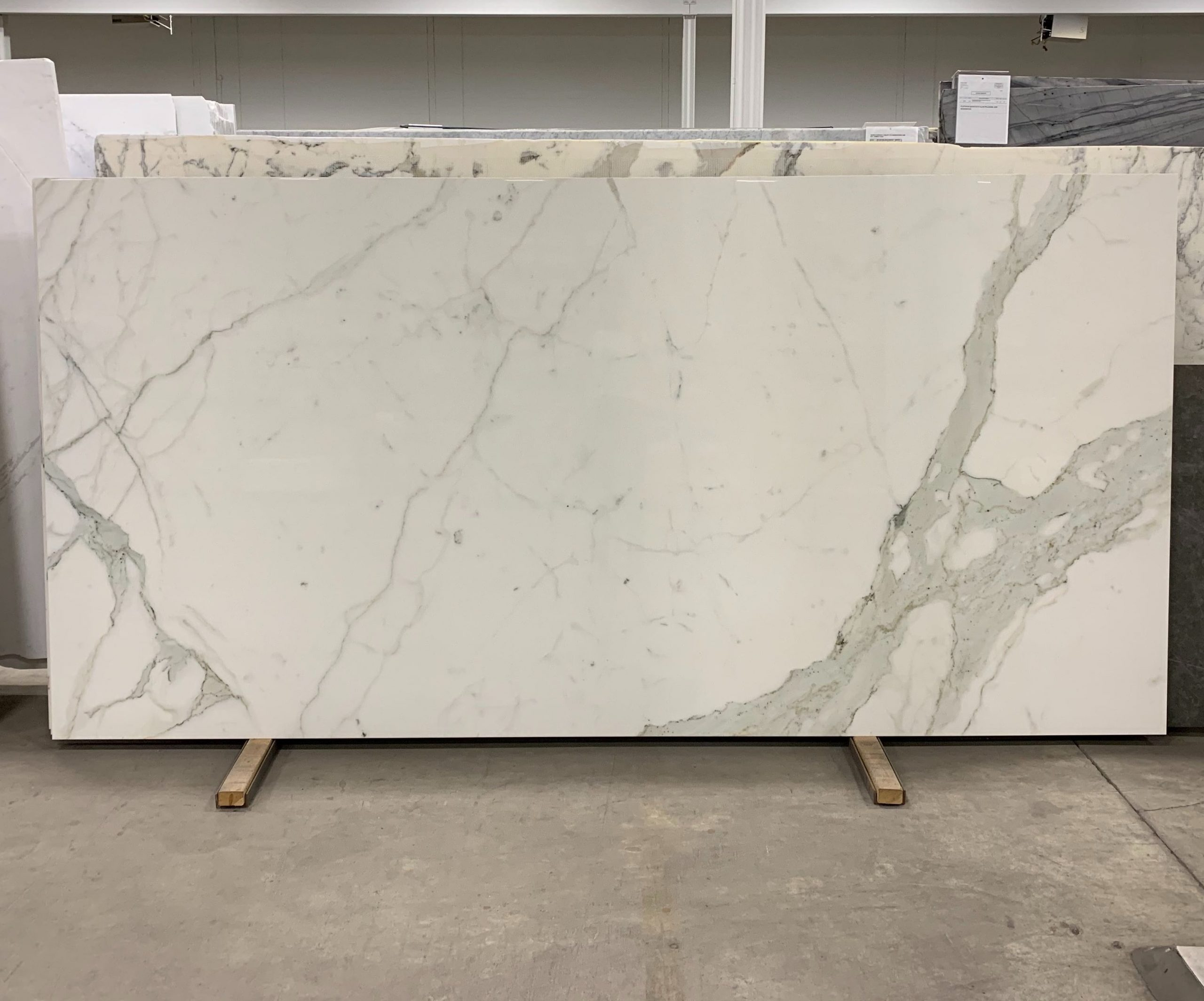 Porcelano Calacatta Oro Slab Marble Trend Marble