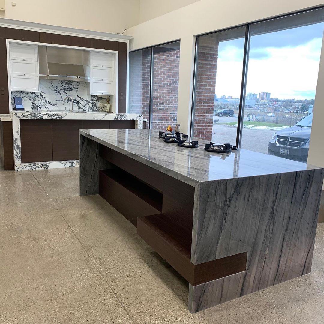 Marble Trend Showroom: Platinum Quartzite