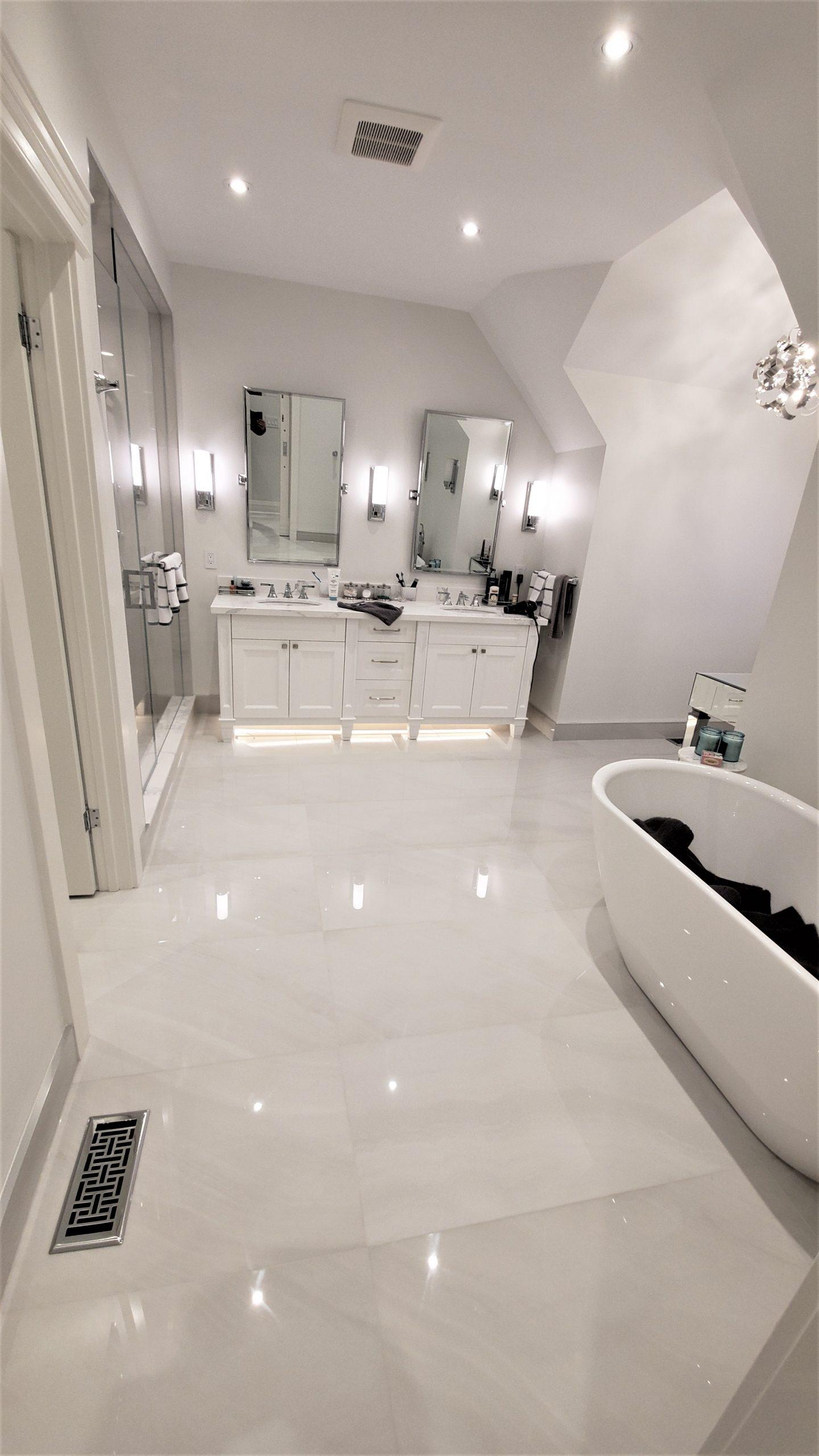 Bathroom: Absolute Ice RANDOM