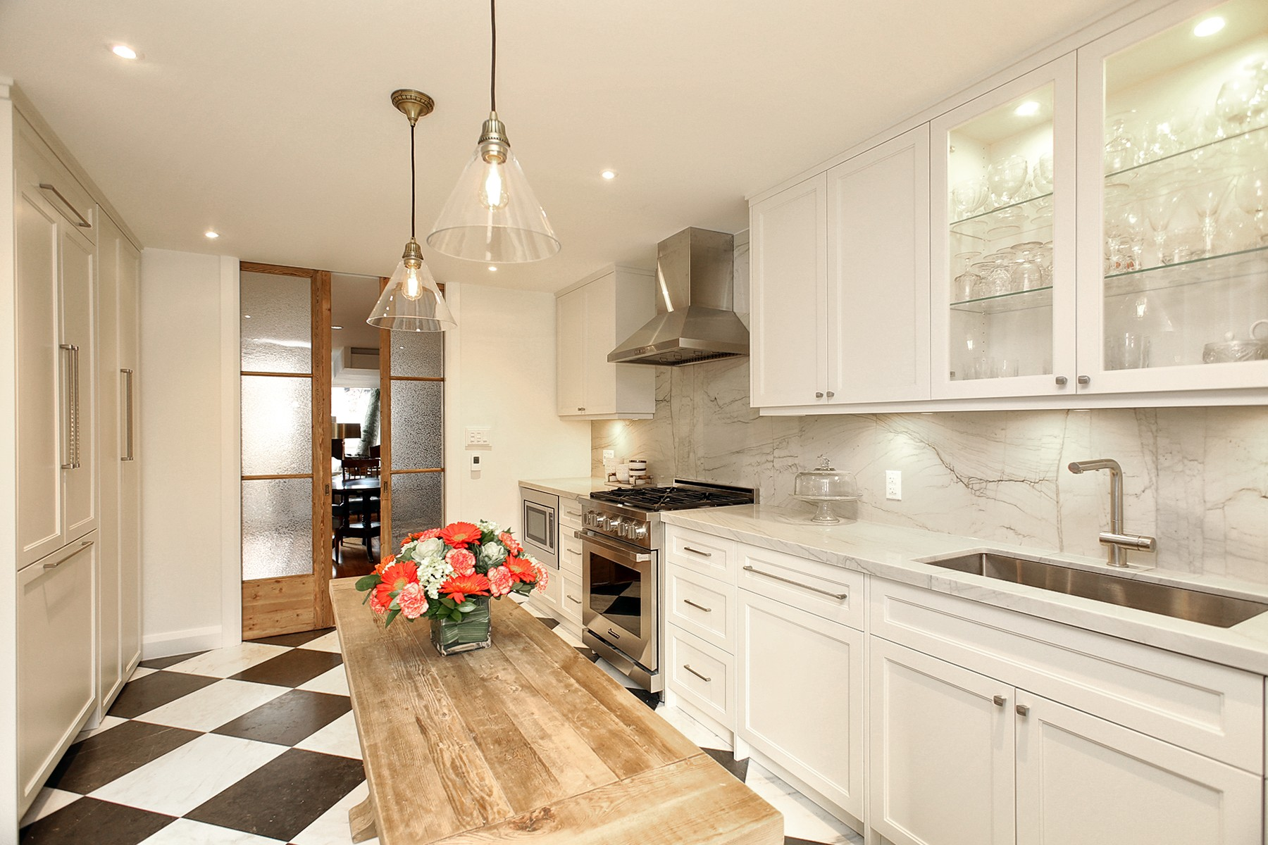 Floor | Countertop & Backsplash