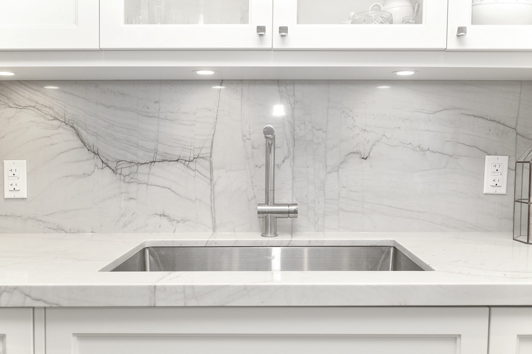 Backsplash & Countertop - Pinot Bianco