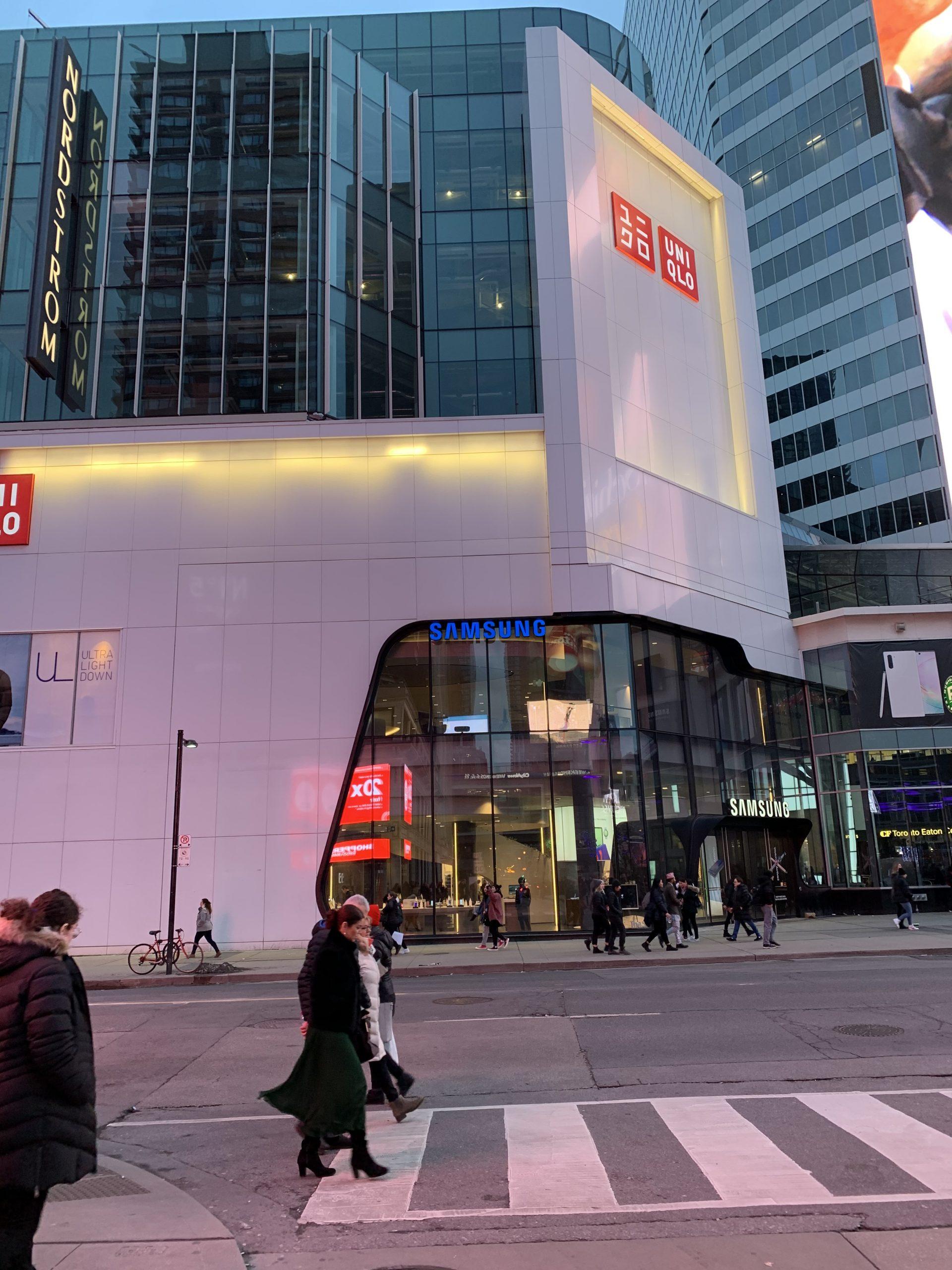 EXTERIOR - Samsung Toronto Eaton Centre