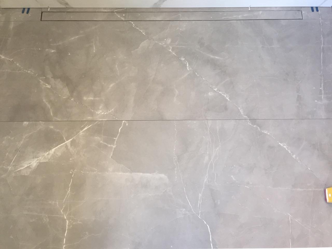 Shower Floor: Timeless Gris de Savoie