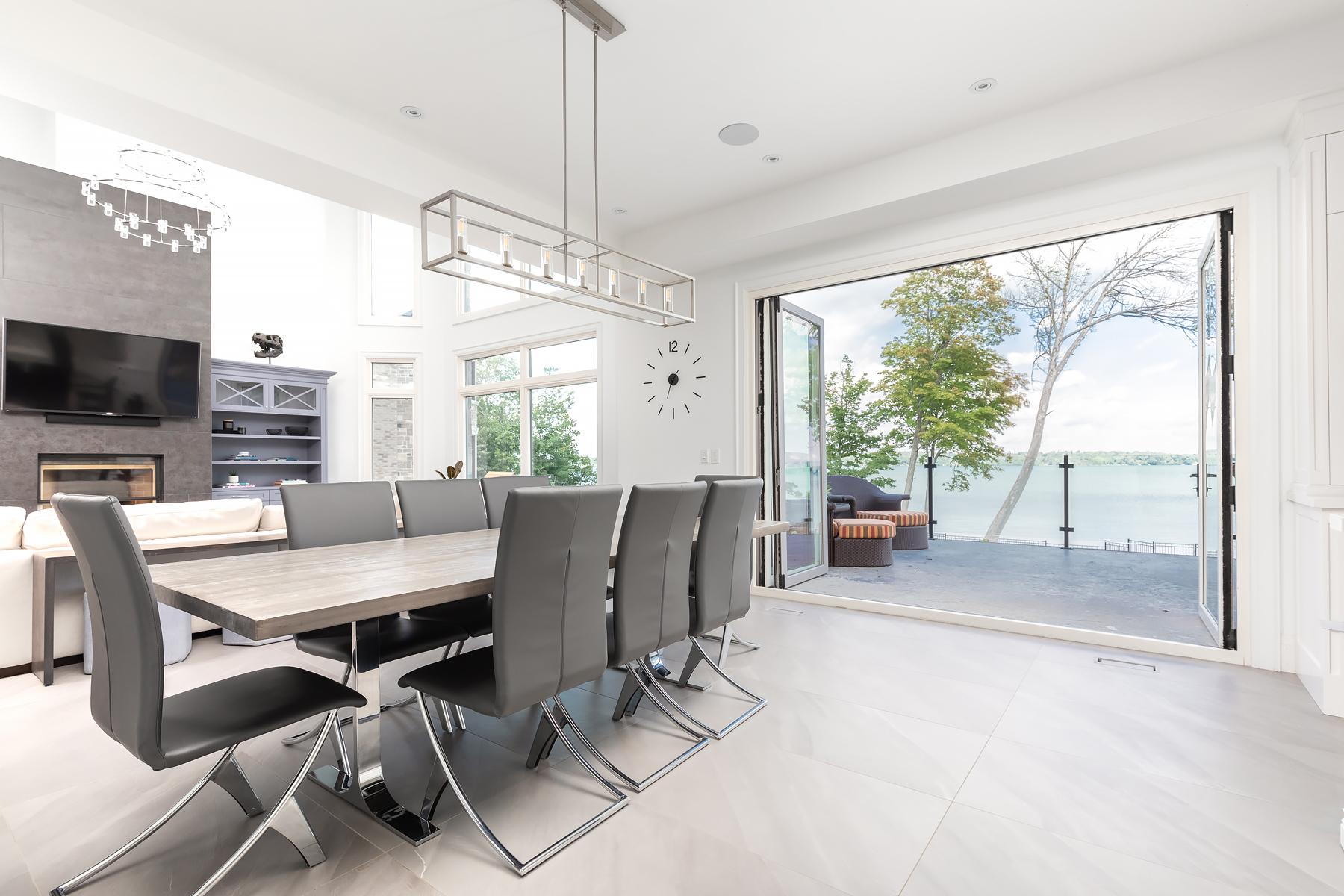 Floor - Paralello Grey | Kitchen-Estatuario E05 | Fireplace - Iron Grey
