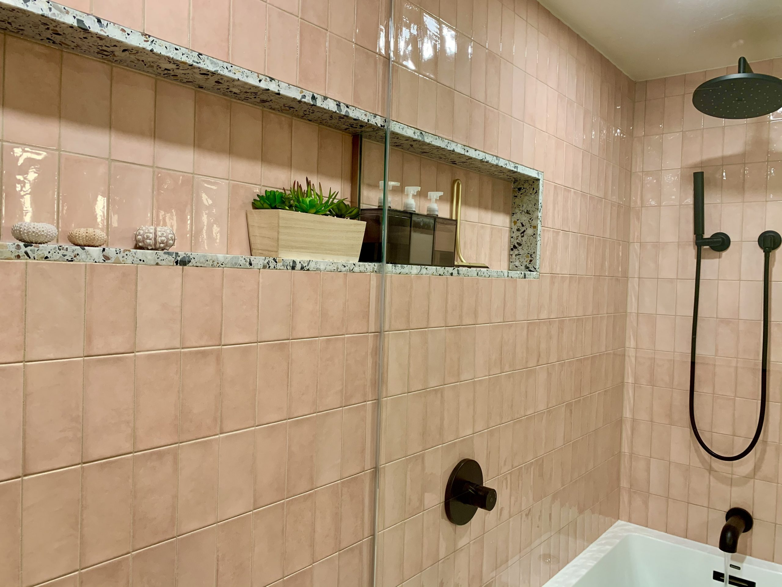Shower Niche: ROCKYROAD Terrazzo
